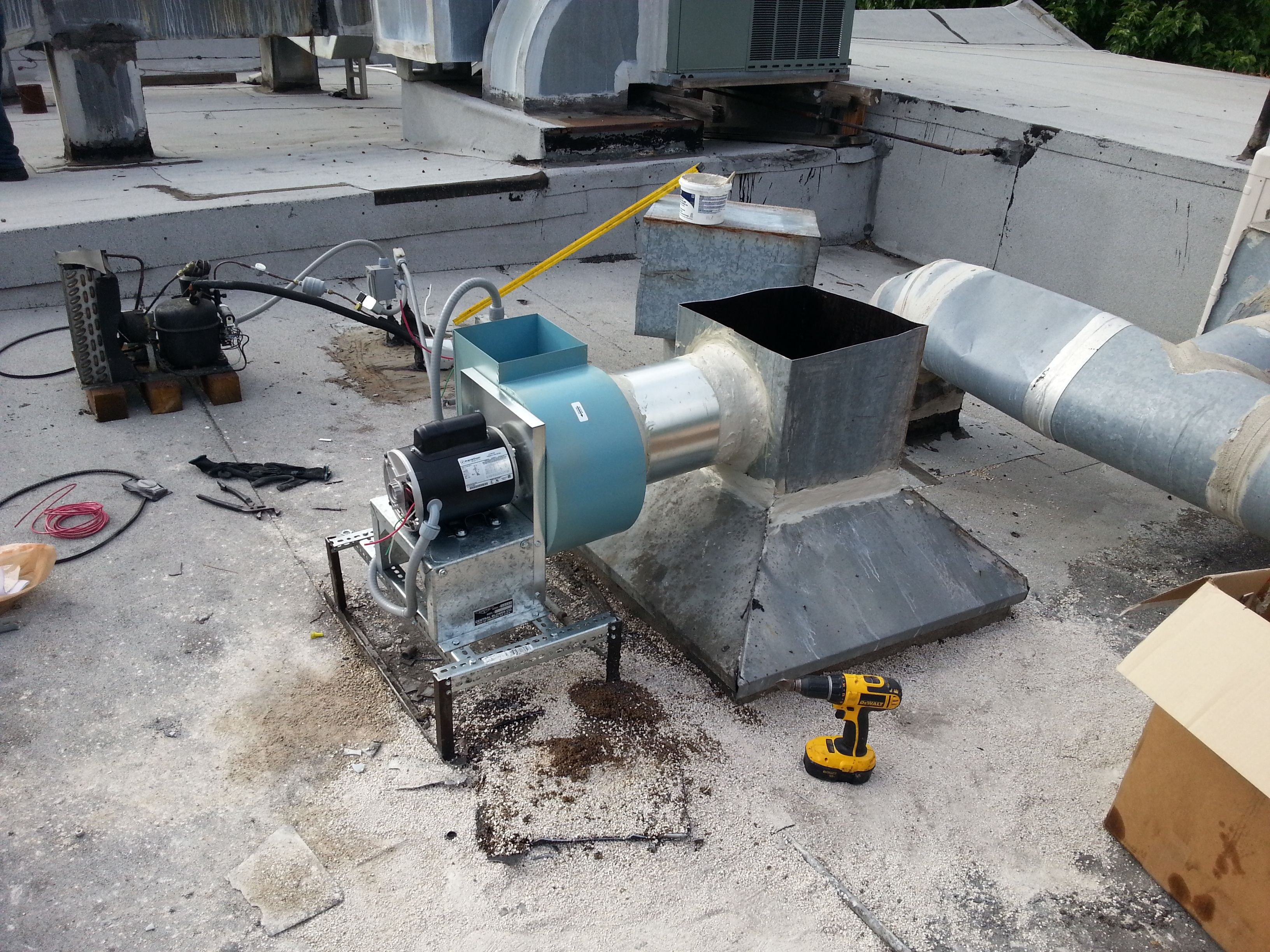 At Universal Hvac Corp Hialeah Fl Area We Want To Keep You And Your Family Healthy And Comforta Hvac Installation Hvac Maintenance Commercial Air Conditioning