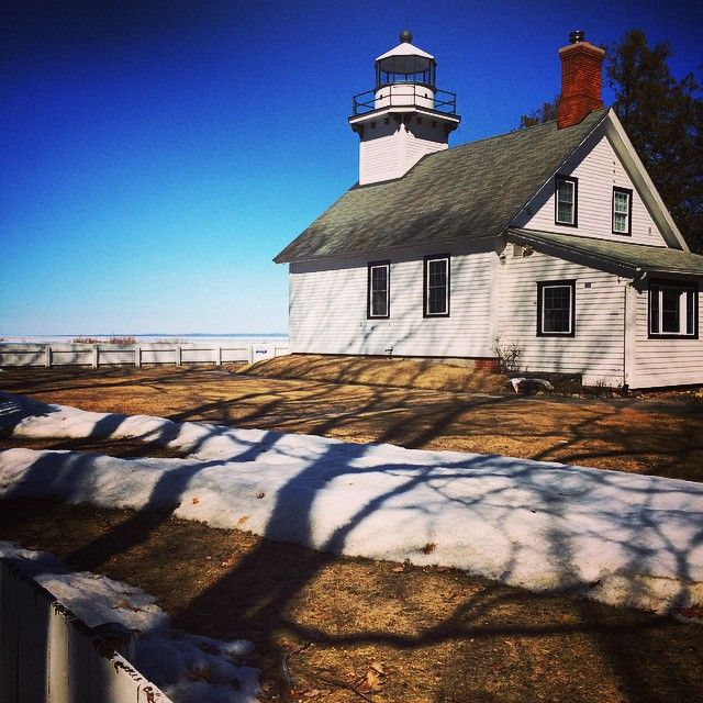 Westlight House: Picture-perfect Mission Point Lighthouse On Old Mission