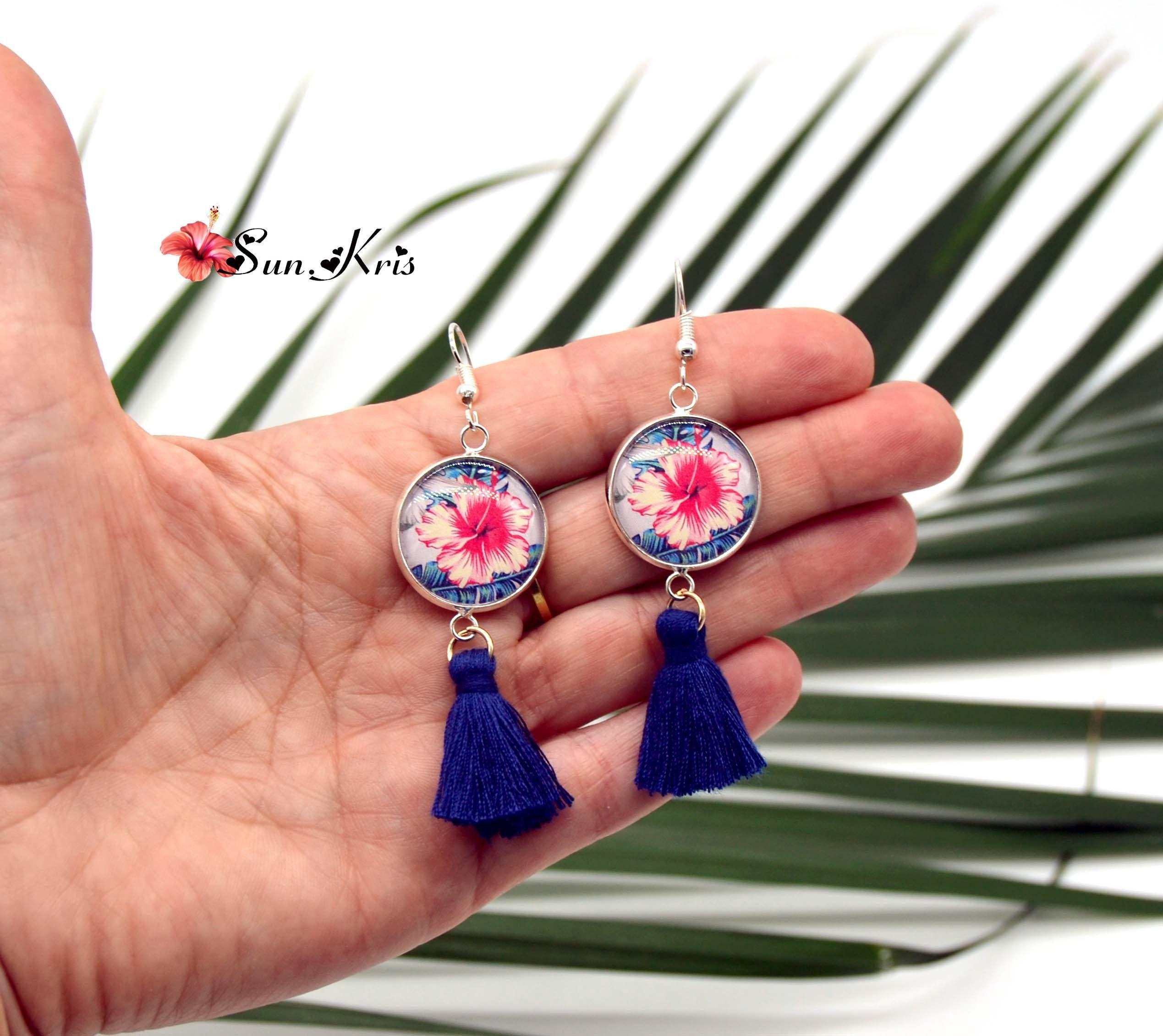 Parure boucles d/'oreilles et bracelet ajustable motif fleurs bleues