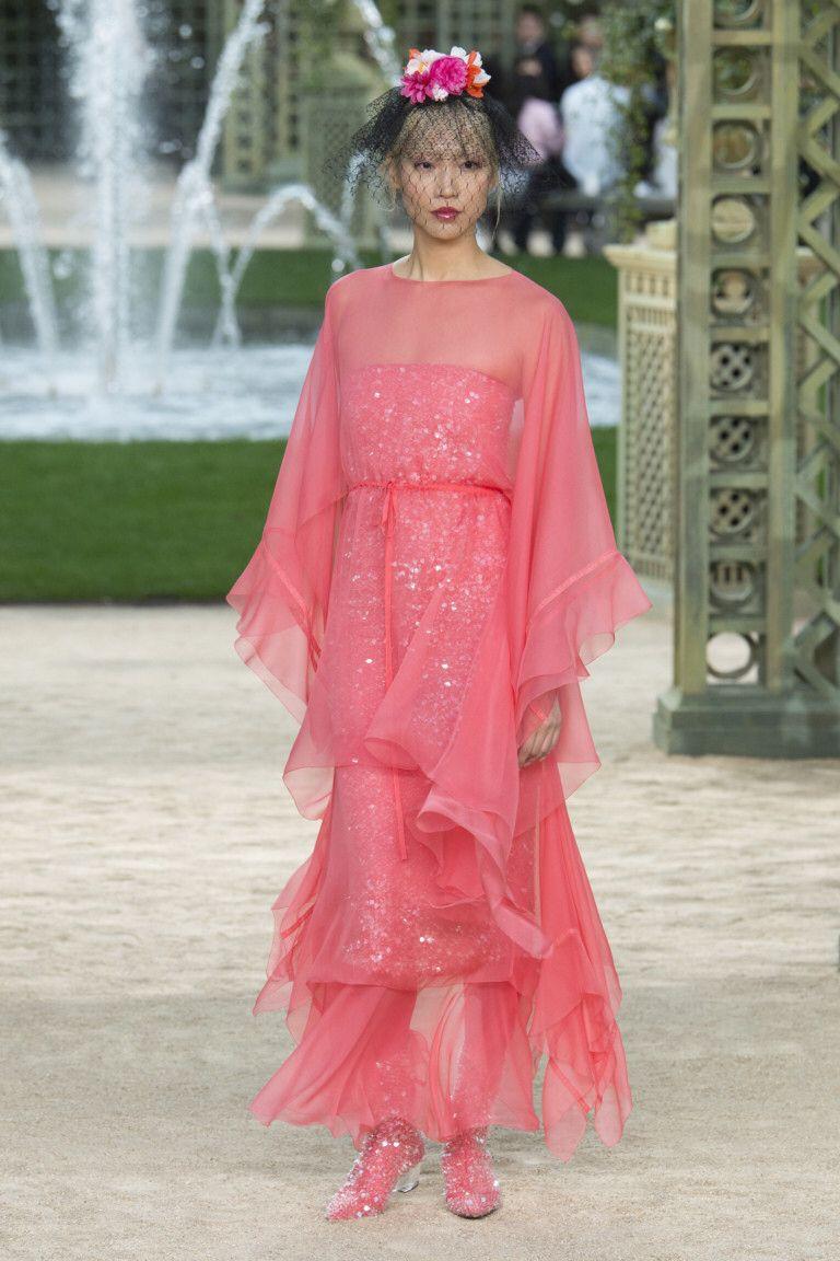 Chanel | Vestidos de fiesta noche, Vestidos de fiesta y Noche
