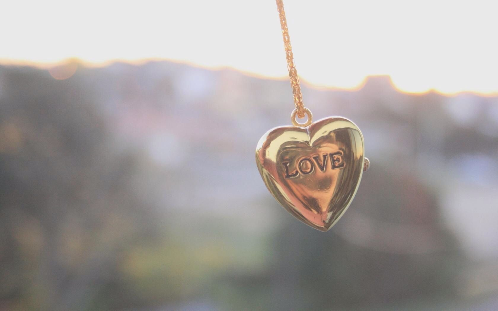 Love Locket Wallpaper : Love locket Wallpapers Pinterest