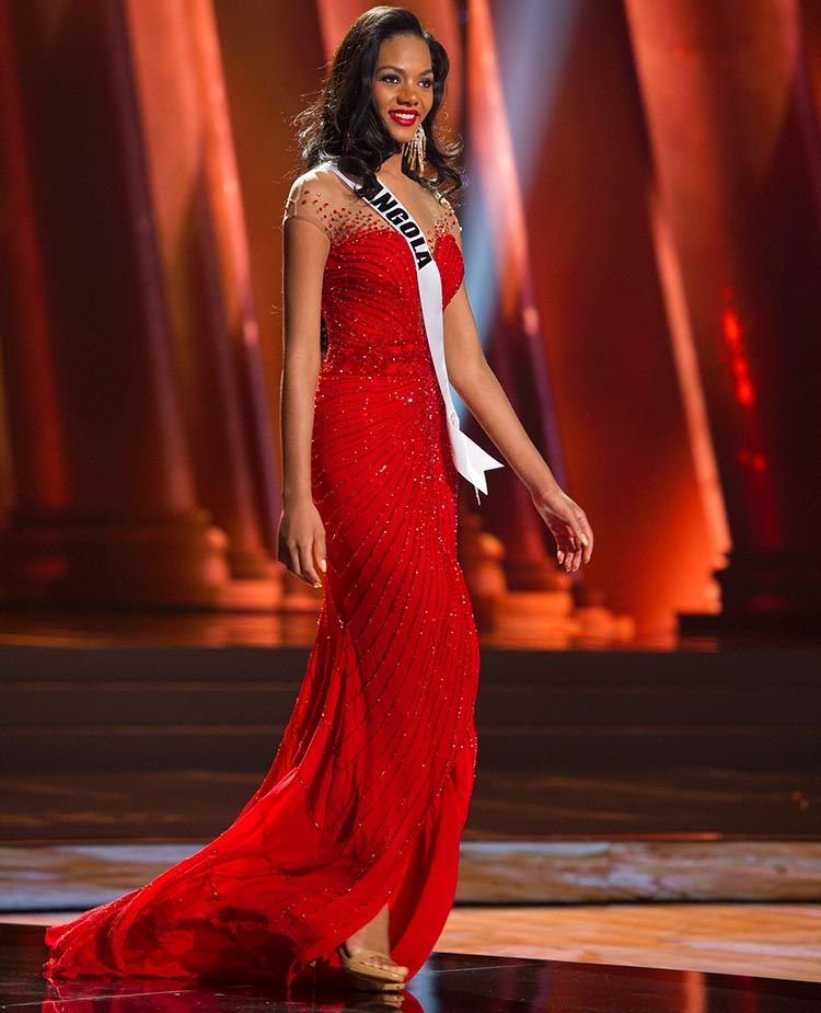 Whitney Houston A Shikongo Miss Angola 2015 Competes On Stage In