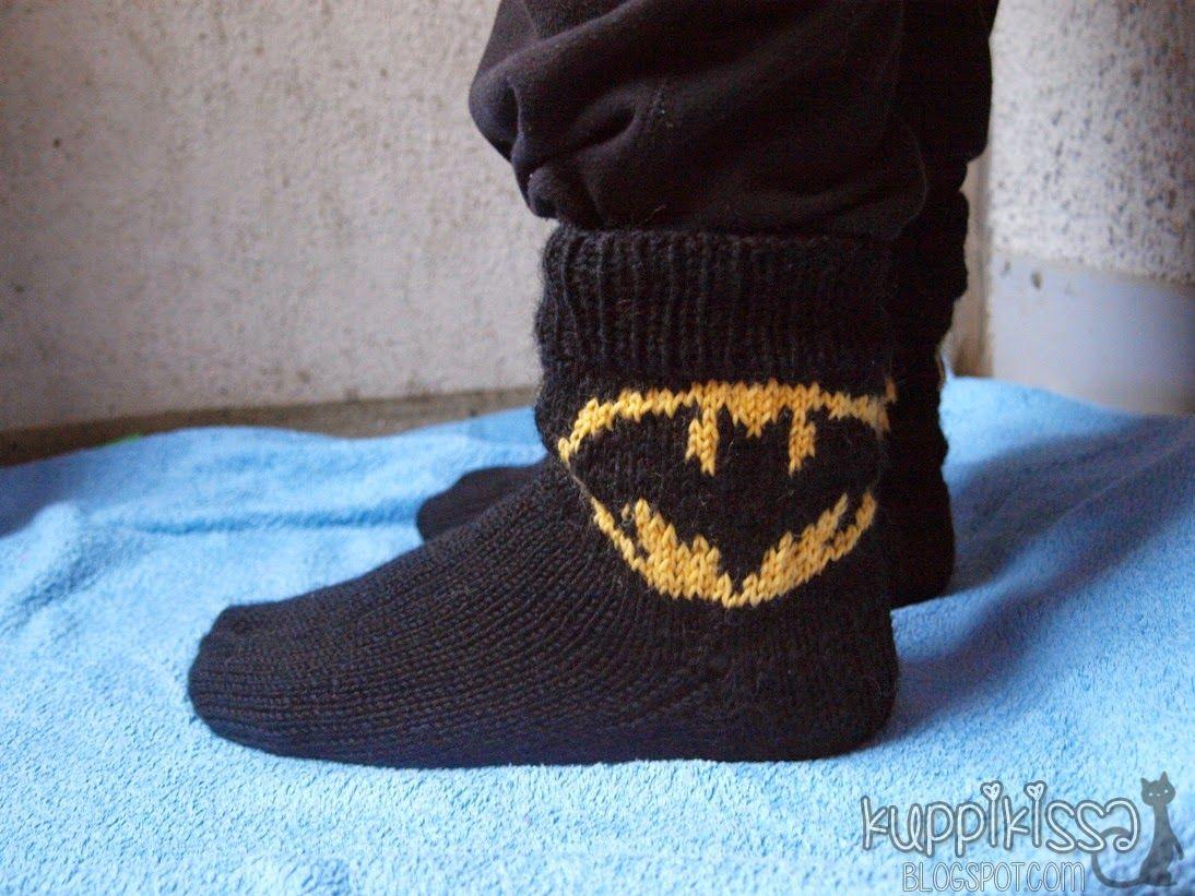 KuppiKissa: Batman sukat ja lapaset