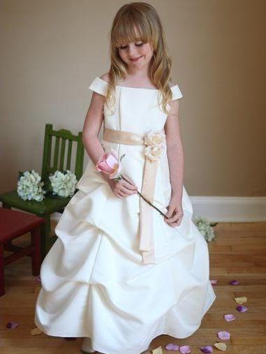 vestidos niños blanco dorado azul rey - Buscar con Google | CORTEJO ...