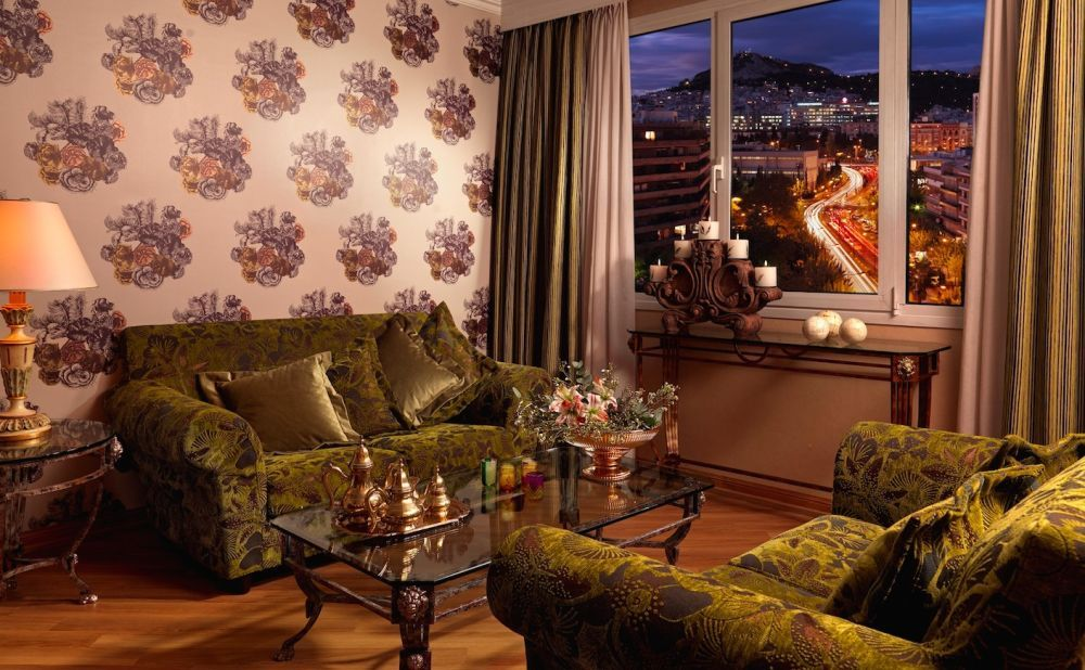 Last Minute Offer At The Divani Caravel Hotel Athens Hotel