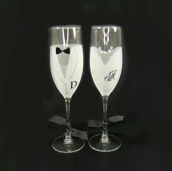 Copas de champagne con las leyras de los novios for Copas de champagne