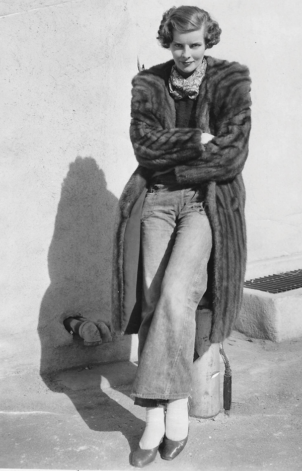 how cool?   Katharine Hepburn on the RKO lot, c. 1932.