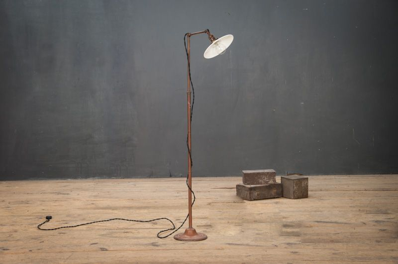 Usa 1930s vintage industrial faries petite milk glass refletor floor lamp warm