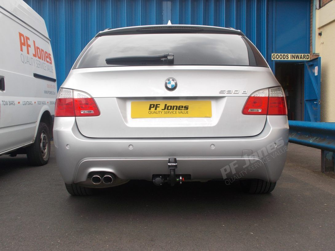 Bmw Series 5 Fitted With A Westfalia Detachable Towbar At Pf Jones Wiring Manchester Towing Driving Roadtrip