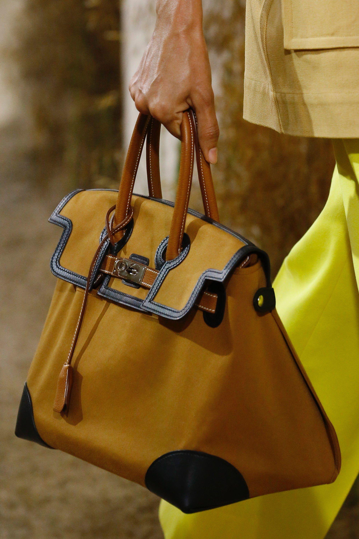 8f1b5fc221 Hermès Resort 2019 Collection - Vogue