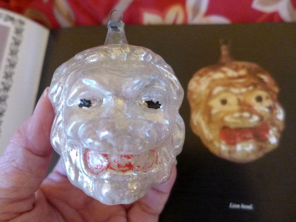 Details zu RARE RARE Antique Lion Head Blown emboss Glass Feather ...