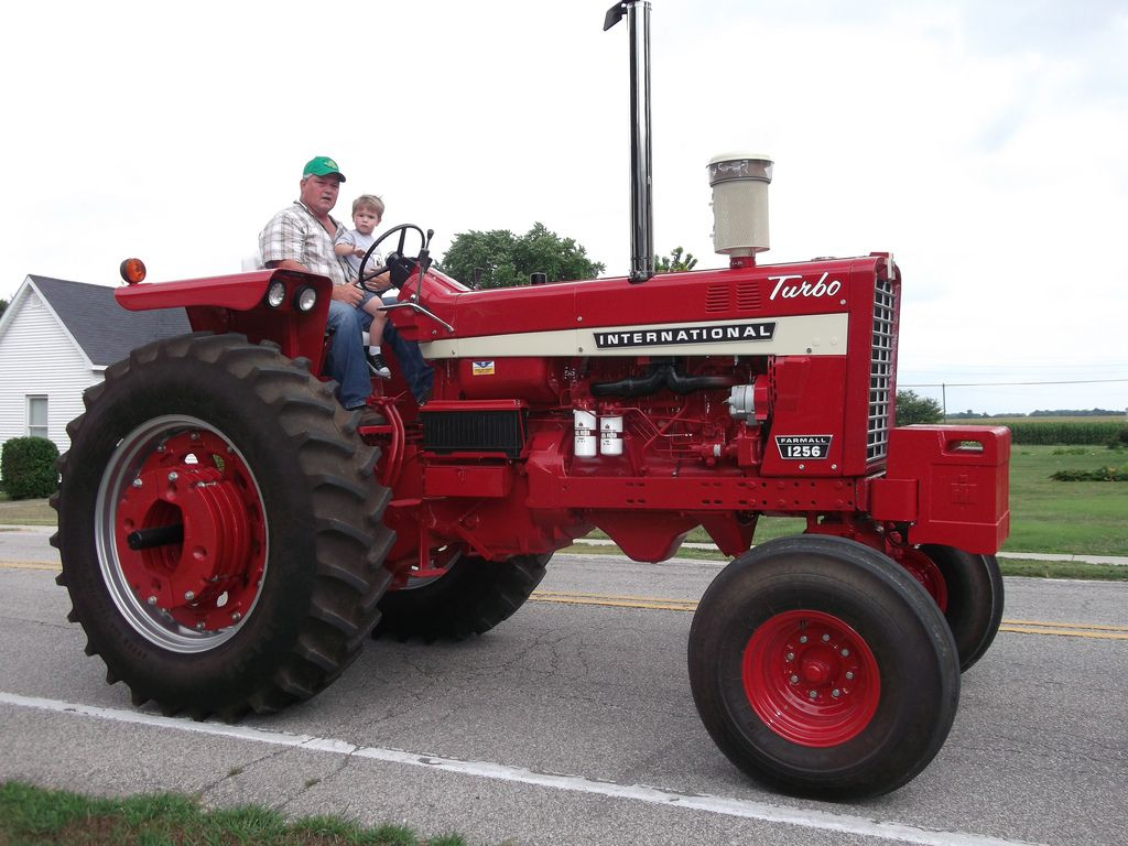 Farmall 1256 Turbo