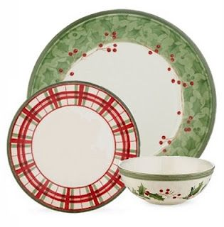 Lenox Holiday Gatherings Damask (the green edged plate)  sc 1 st  Pinterest & Lenox: Holiday Gatherings Damask (the green edged plate) | Christmas ...