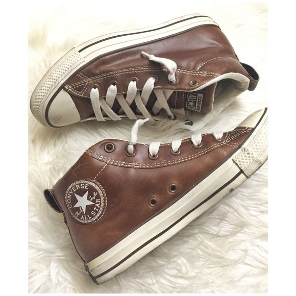 8947a012c14e Leather Converse Limited edition - high top style - brown leather - men  size 7   women s 9 - unisex - laced loosely - add effortless street style  to your ...