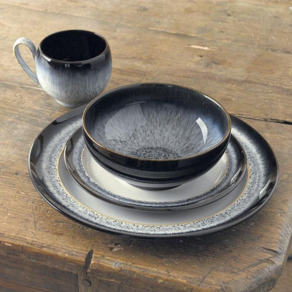 Buy your Denby pottery and Denby Monsoon dinnerware from Palmers online. This beautiful Denby Halo 16 Piece Dinner Set boasts Denby\u0027s traditional style and ... & Denby Halo Dinnerware (16 Piece Dinner Set) | Denby | Pinterest ...