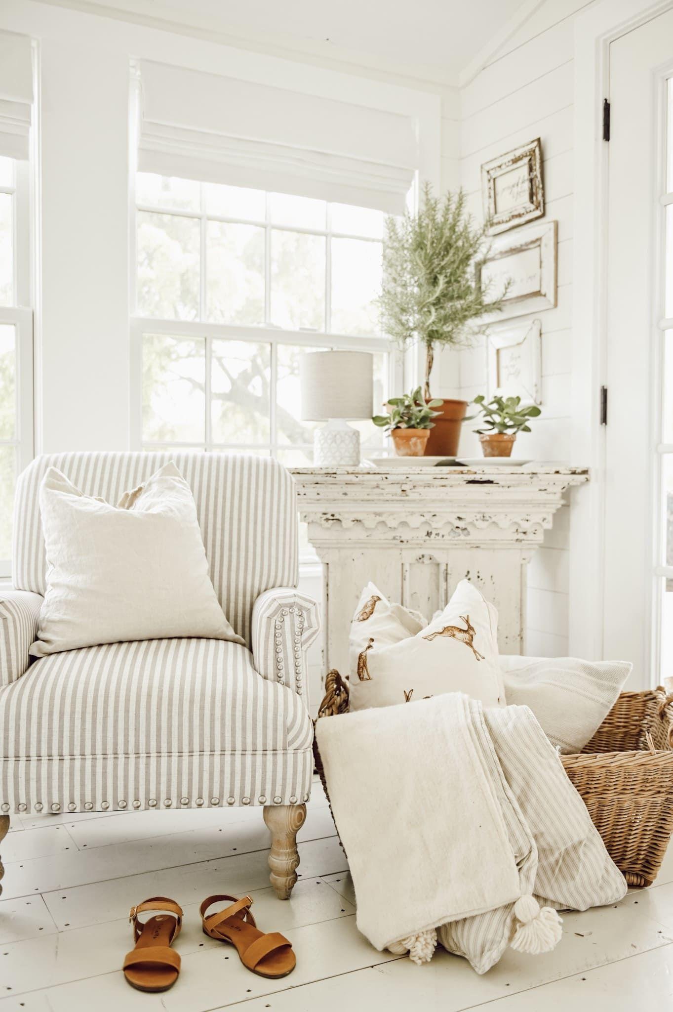 40++ White home decor book ideas in 2021
