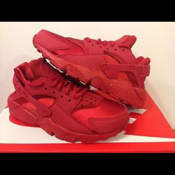 Red nike, Nike huarache, Nike air huarache