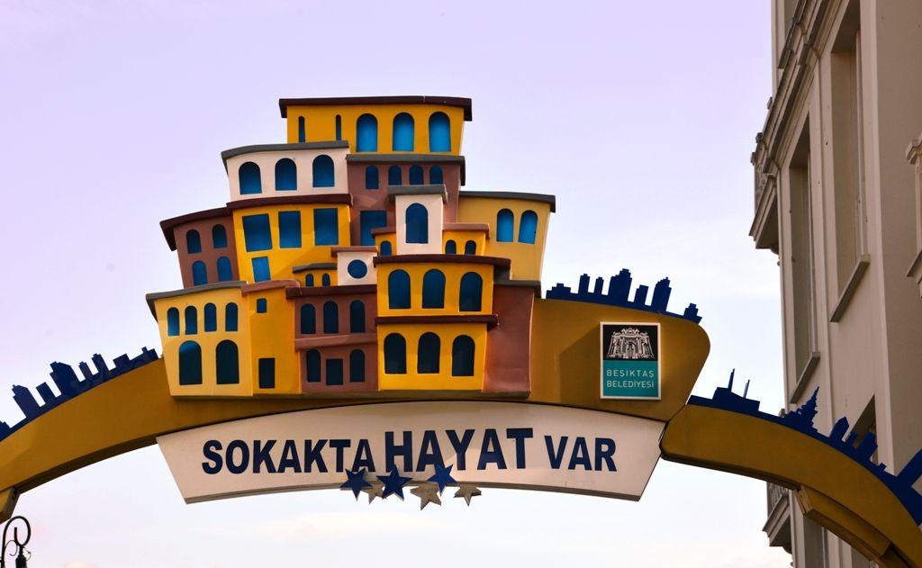 Istanbul43_Sokakta+Hayat+Var01.JPG 1.024×631 piksel