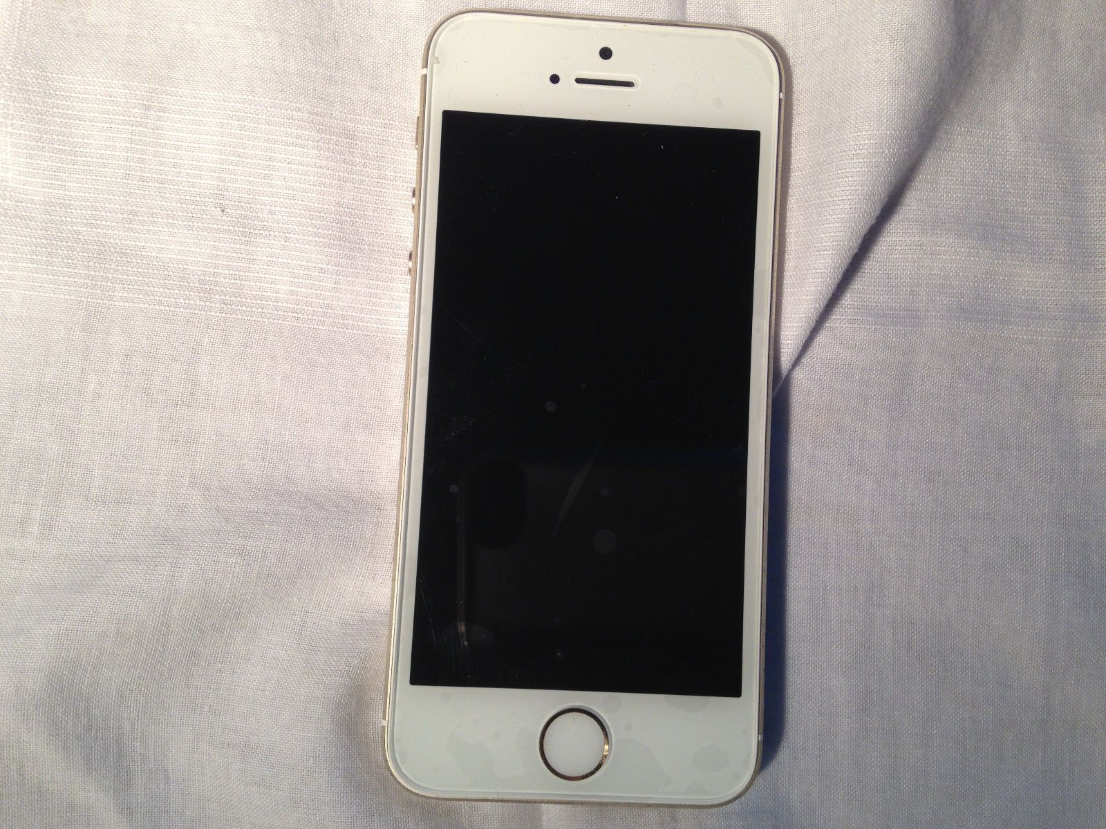 Apple iPhone 5s 16GB Tmobile unlocked nice condition https://t.co/p8DhDFQ4tC https://t.co/vp2rFts3iY