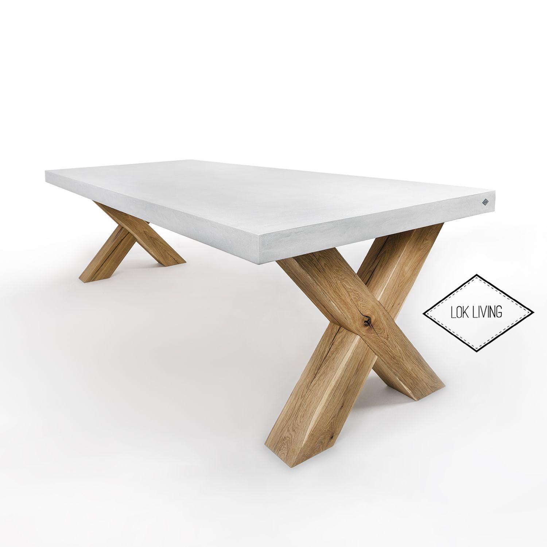 Beton look  ( Beal mortex) tafel met eiken onderstel