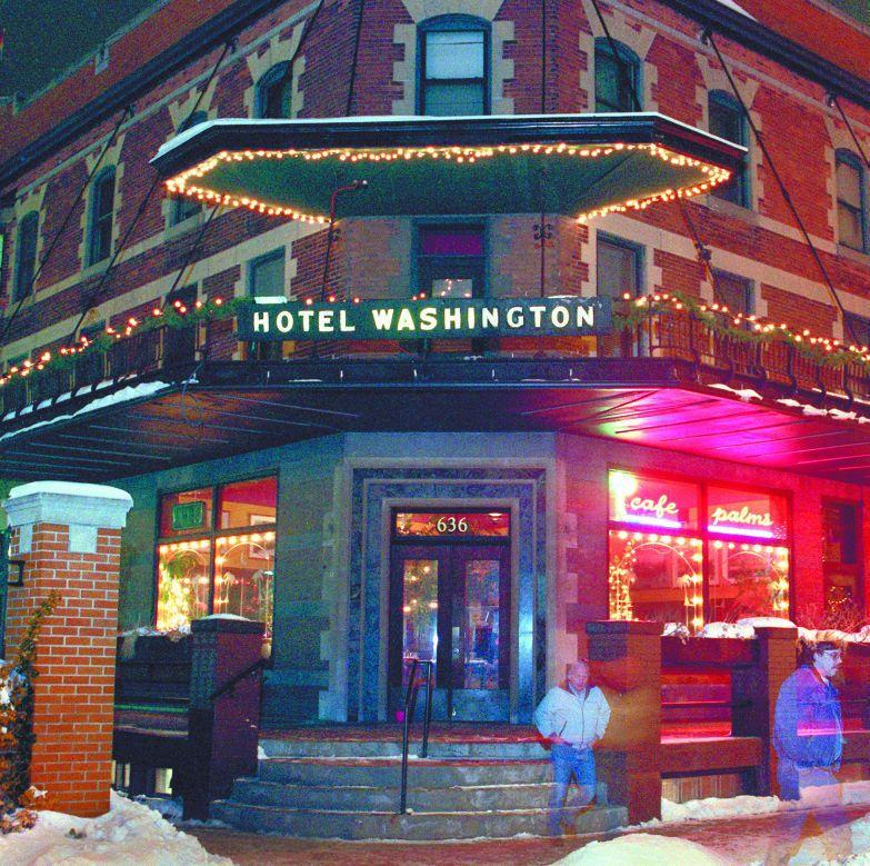 Cafe Palms In The Hotel Washington