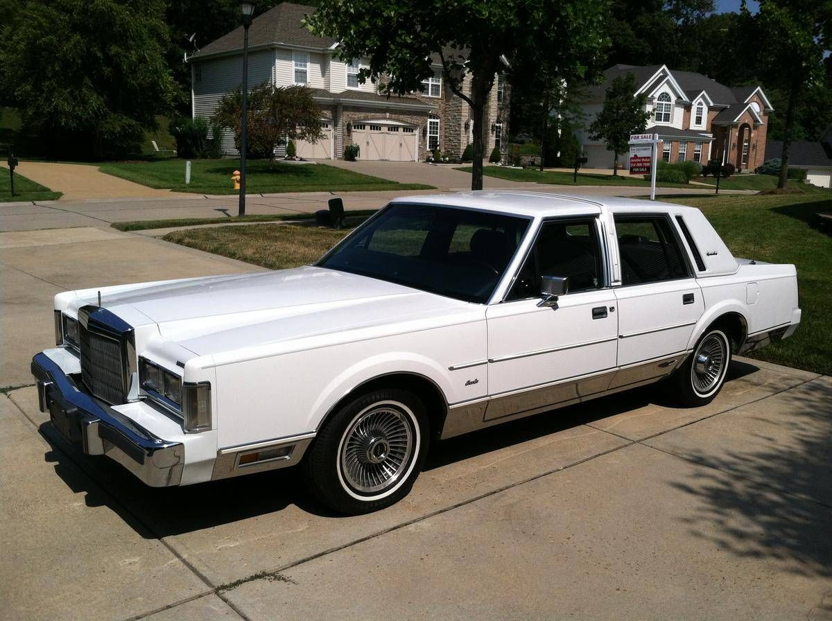24 1988 lincoln town car slowly rebuilding my life this was a great car and took me through. Black Bedroom Furniture Sets. Home Design Ideas