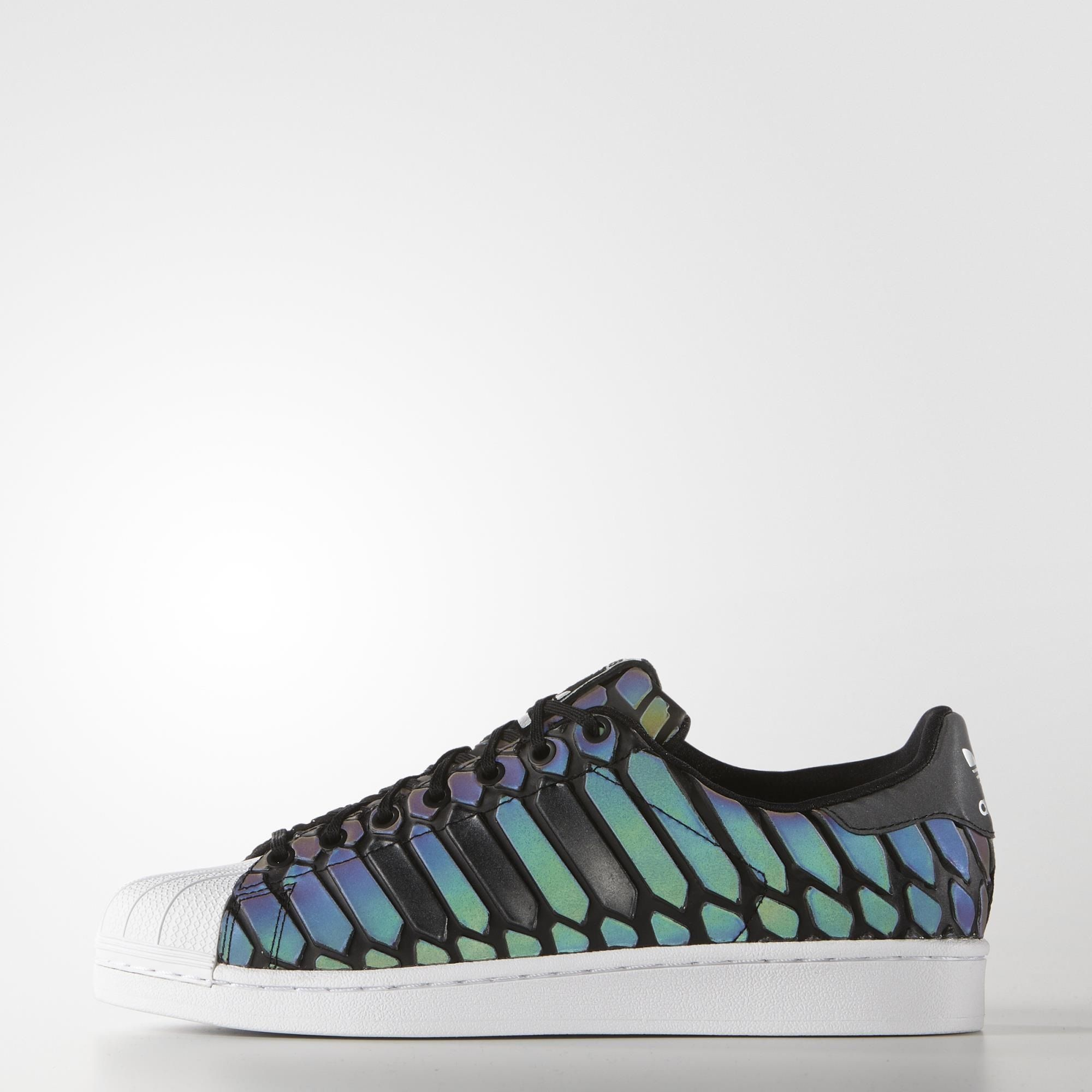 detailed look f5d94 7e388 The adidas Originals Superstar has a brand-new skin. The 3D reflective  surface of Adidas - Superstar Xeno