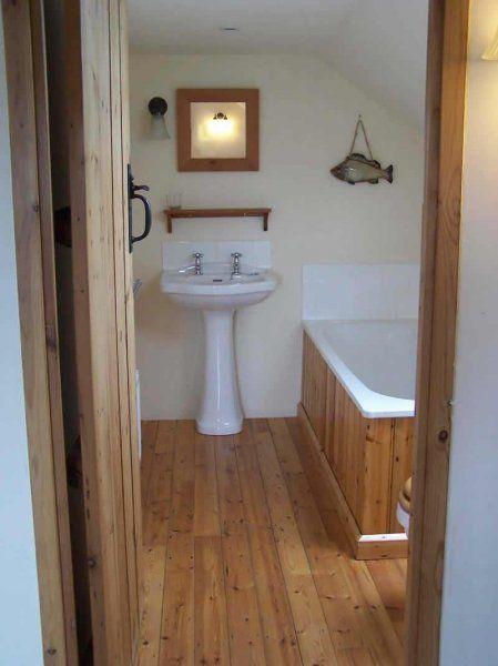 1000  images about Bathrooms on Pinterest   Pedestal  Victorian and Gray walls. 1000  images about Bathrooms on Pinterest   Pedestal  Victorian