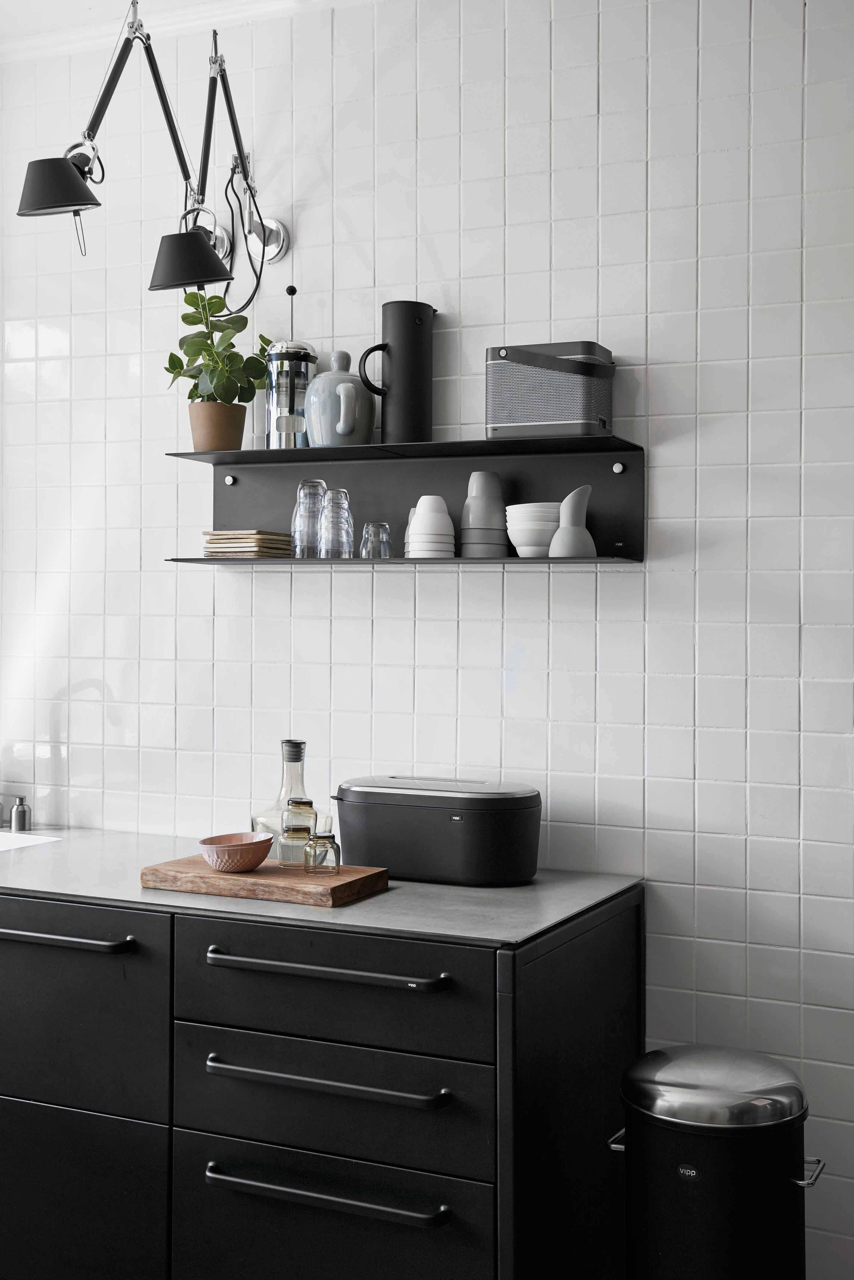 Ziemlich Beste Küche Farbe Mit Lichtschränke Zeitgenössisch ...