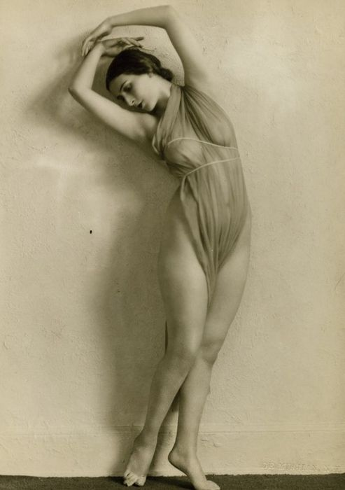 vintage non nude pics