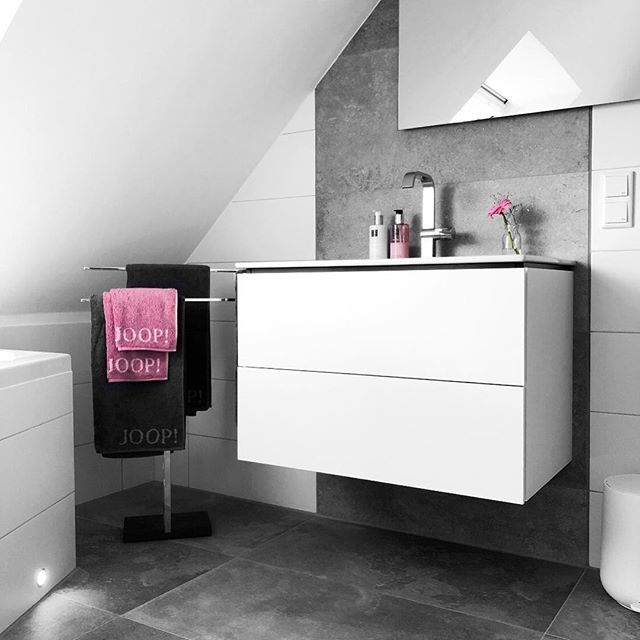 Werbung Anzeige Wenn Man Um 7 20 Uhr Aufwacht Und Die Arbeit Im 7 30 Uhr Beginnt Lauft Bei Mir Danke Wecker Fur Nic Vanity Single Vanity Bathroom Vanity