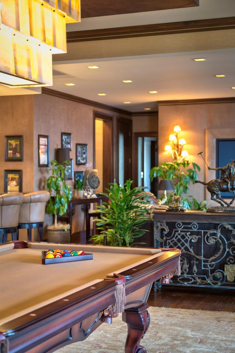 Game Room With Tropical Design And Pool Table Game Room Contemporary Games Tropical Design