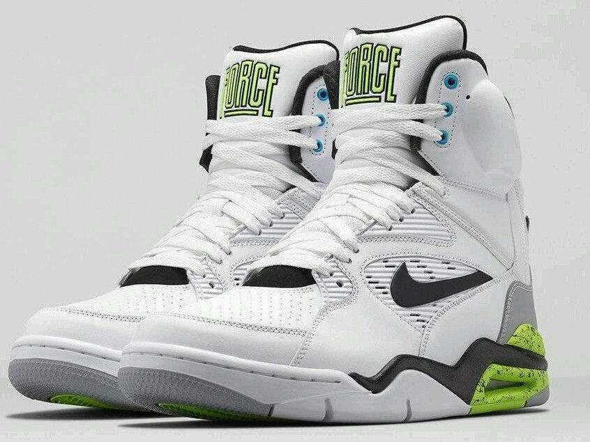 Nike Air Command Force Gr. 41 UK 7 Herren Sneakers High Top
