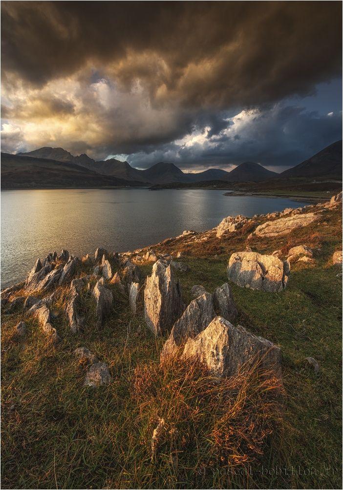 Loch Slapin - Skye by Pascal Bobillon on 500px )