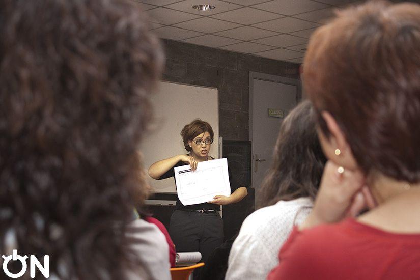 """Rivas Lab + ON. Trabajando el modelo Canvas, y descubriendo el """"para qué"""" uniendo Coaching, Marketing, Modelo de Negocio con Ana Dols. Jueves 20 de marzo 2014 en Casa de la Juventud de Rivas Vaciamadrid."""