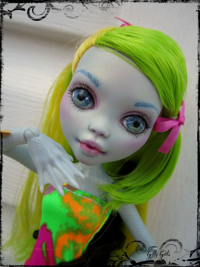 Lagoona Blue Monster High OOAK repainted by Gilly by GillyGals