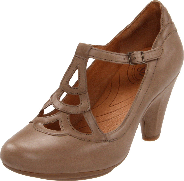 indigo by Clarks Women's Plush Weave T-Strap Pump: Amazon.com: Shoes