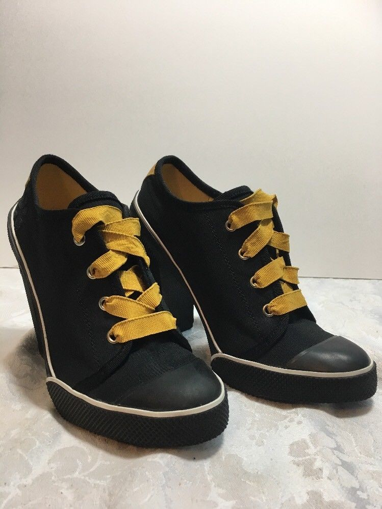 Womens Steve Madden Fix Saucyy Black & Gold High Heel Sneaker Shoes Size 7.5