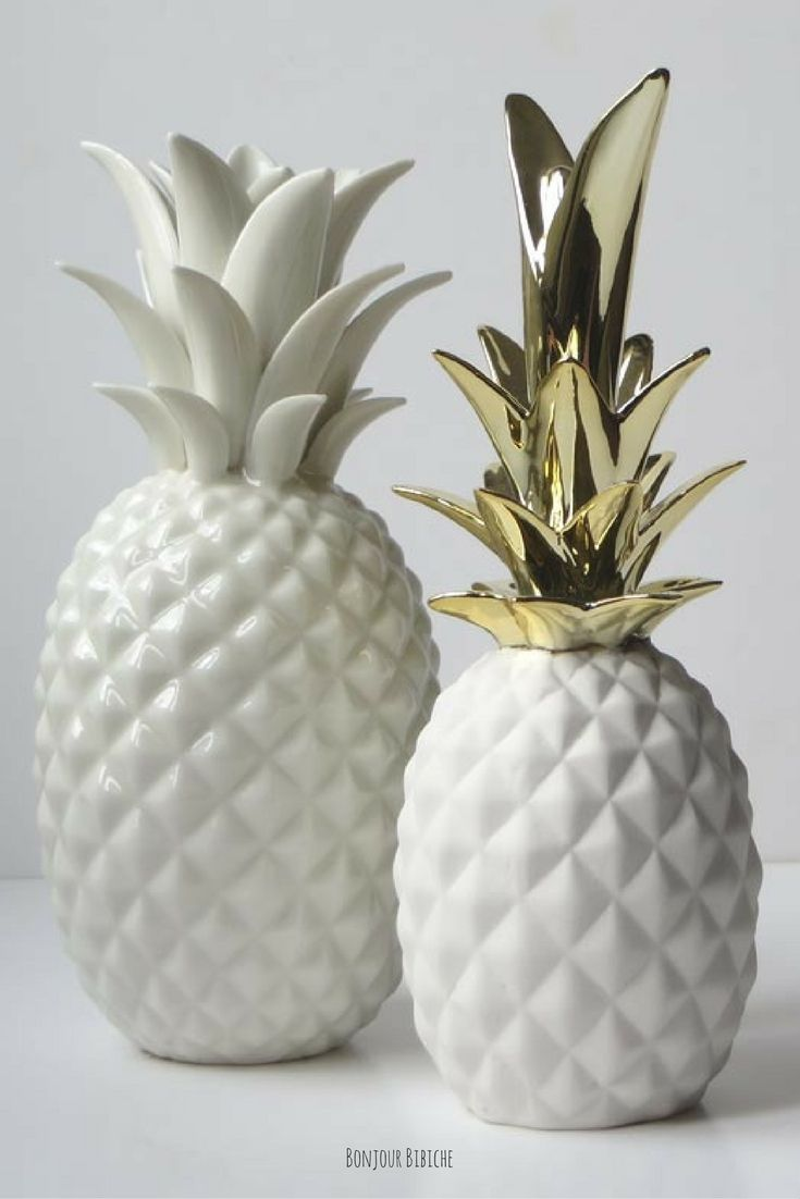 ananas blanc et dor cadeaux de cr maill re ananas deco et d coration scandinave. Black Bedroom Furniture Sets. Home Design Ideas