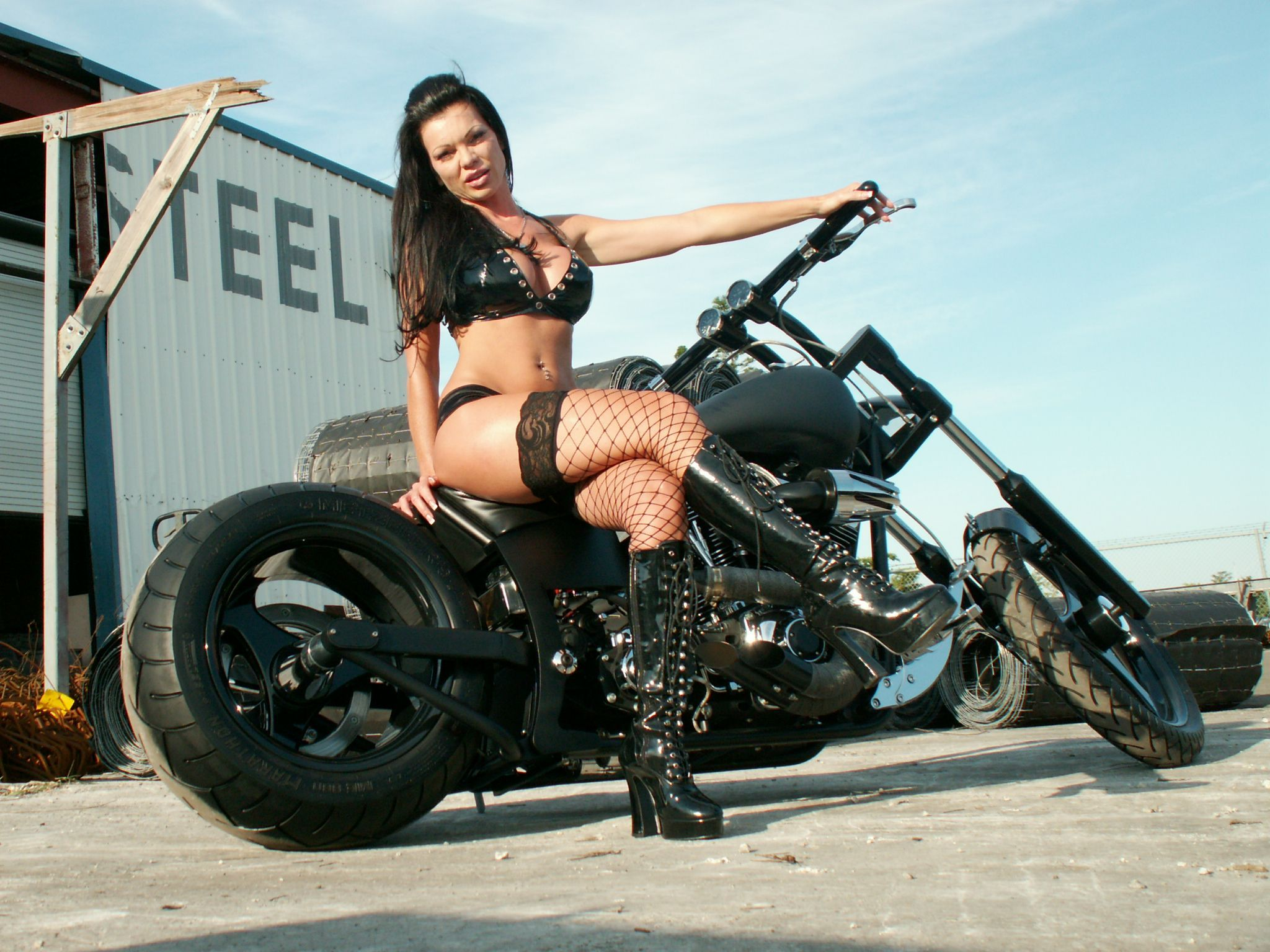 choppers Hot girls on