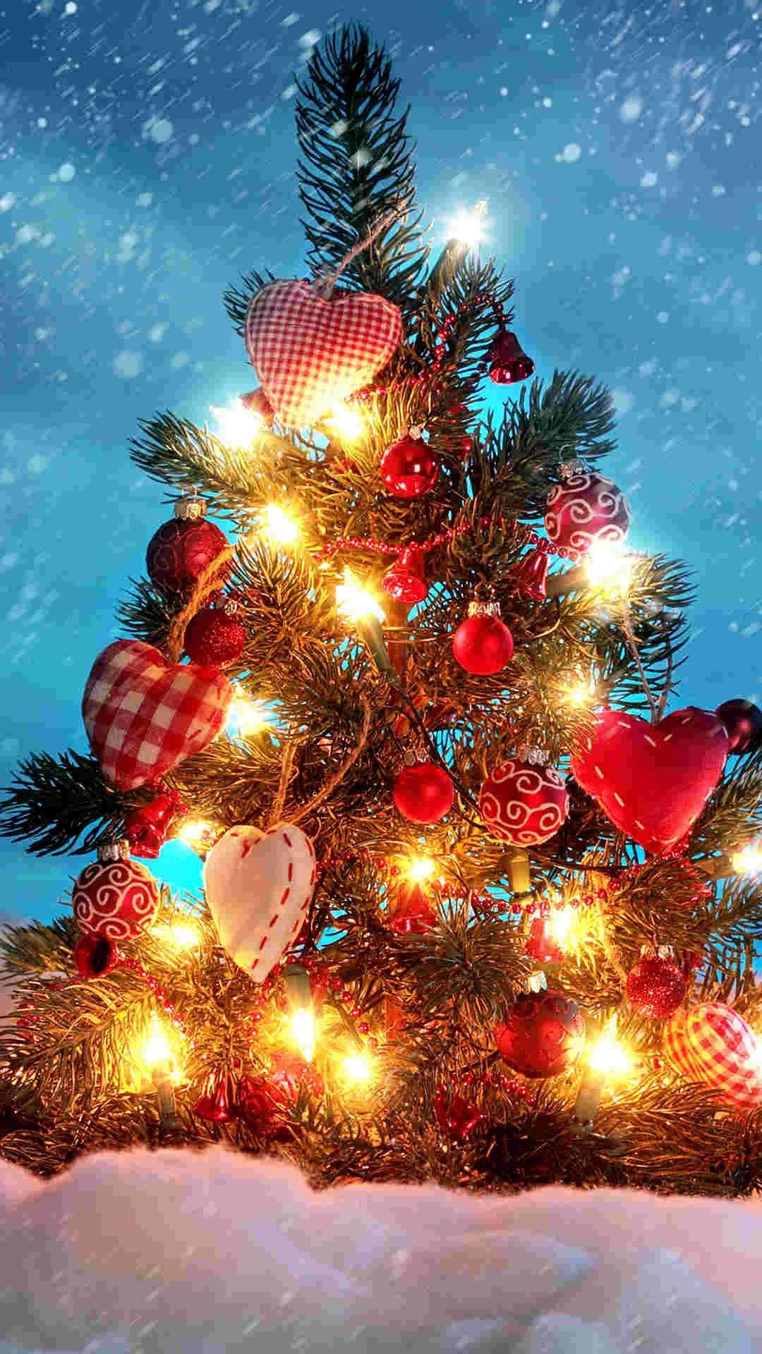 Pin On 2014 Christmas Tree Iphine 6 Plus Wallpaper