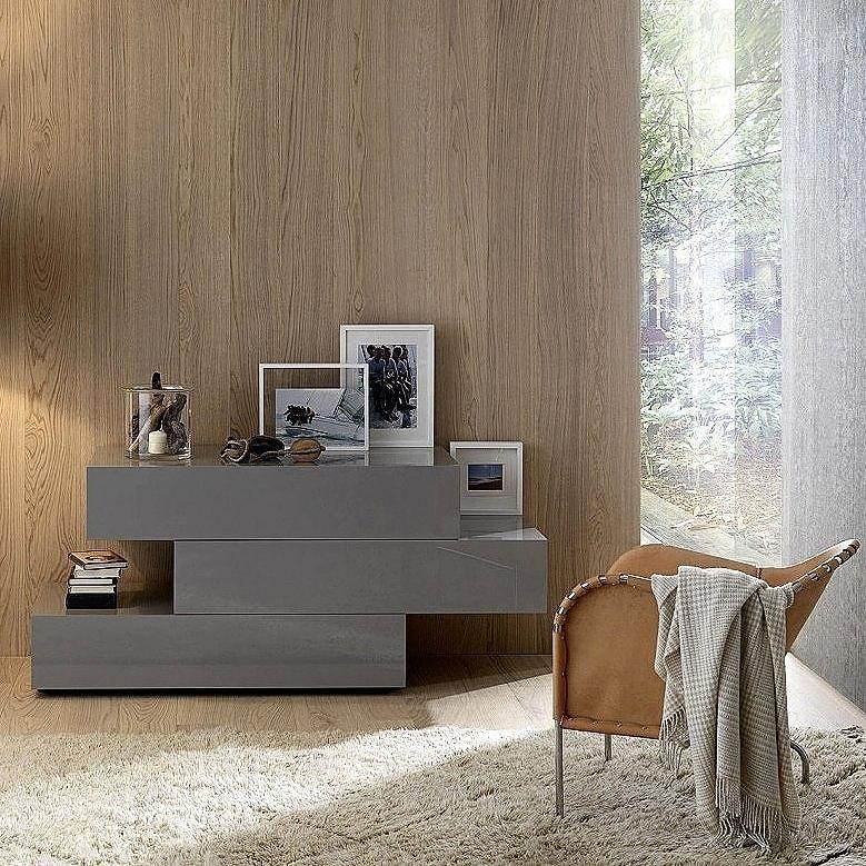 Außergewöhnliche Design Kommode Valeo von Livitalia mit drei