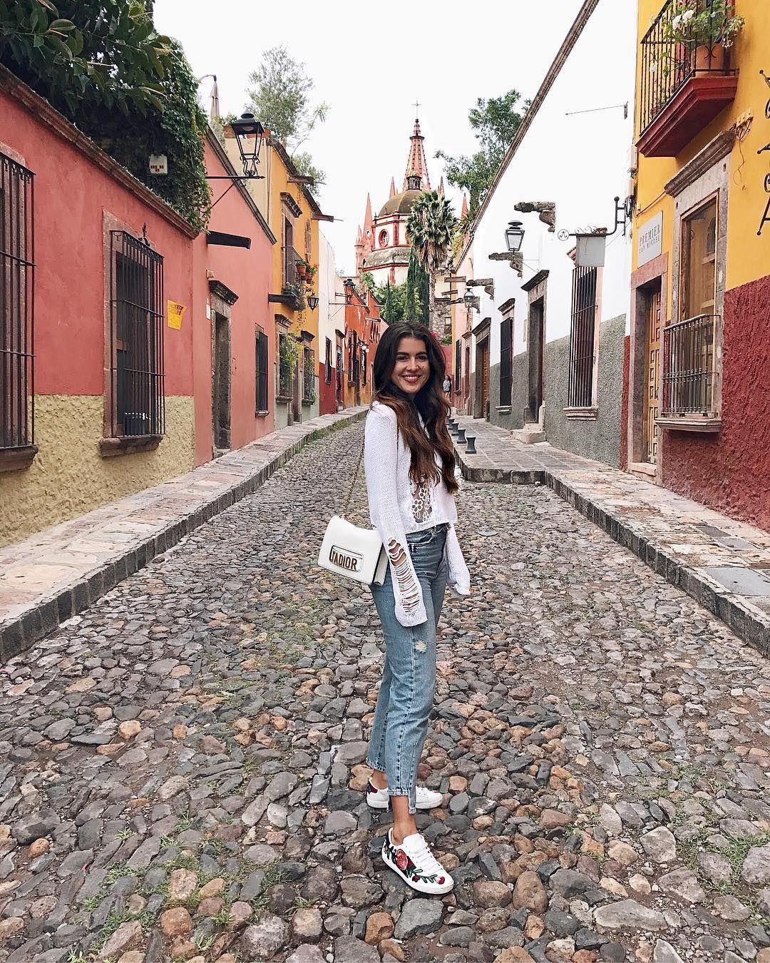 Pamela Allier On Instagram San Miguel De Mis Lugares Favoritos En México Pamallierinsanmig Fotografia Poses Poses Para Fotografía Fotografia