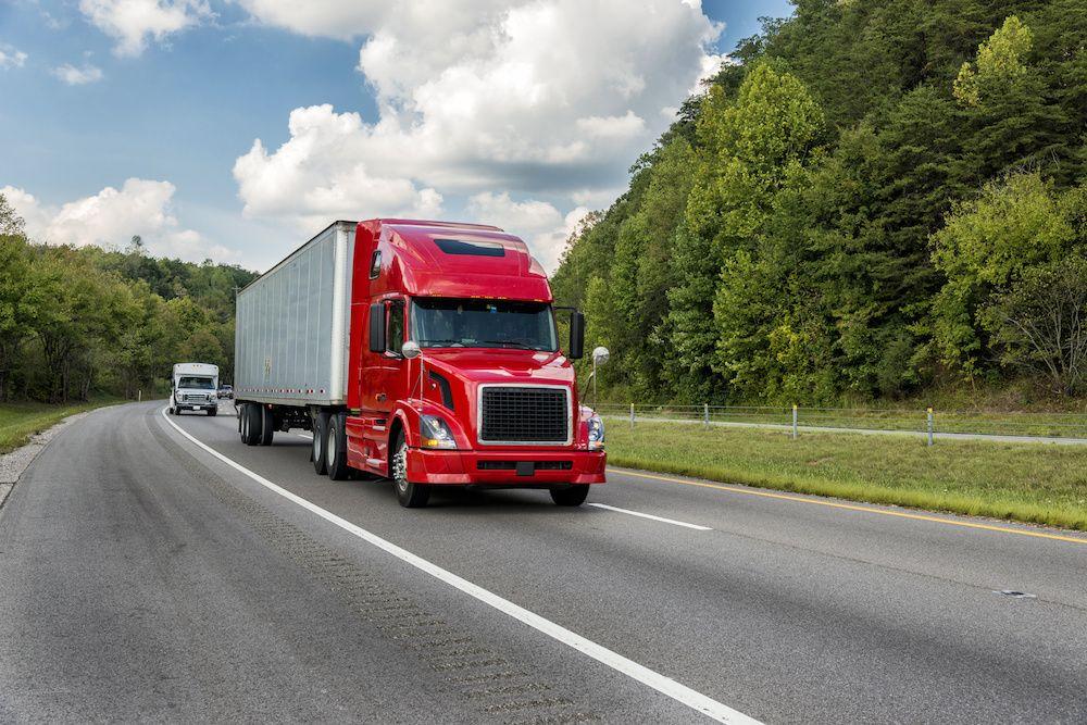 15 Frightening 18 Wheeler Accident Statistics Pouted Com Truck Driving Jobs Driving Jobs Trucks