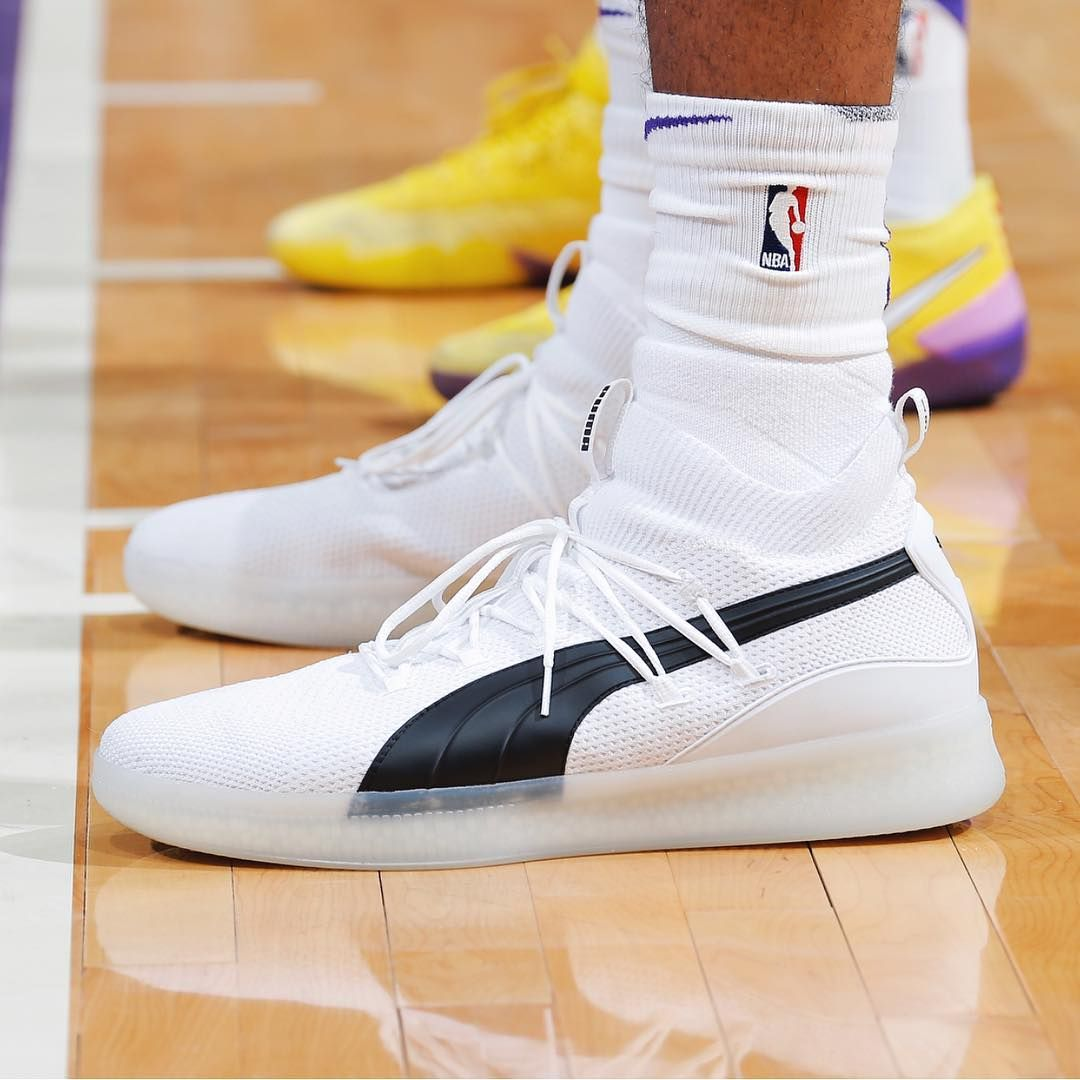 mb3five laced up the @pumahoops Clyde