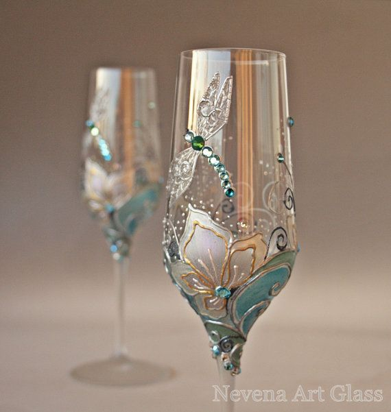 Pin by Victoria Holt on Wine Bottles & Wine Glasses & more glass ...