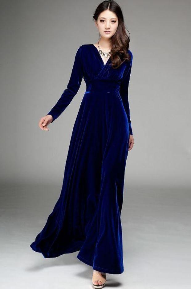 Синие бархатное платье фото