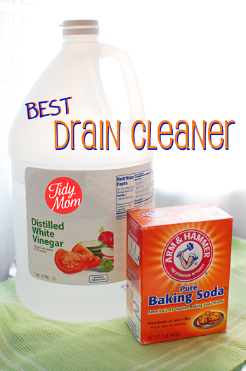 Unclog your drain with baking soda & vinegar! #Green #Cleaning