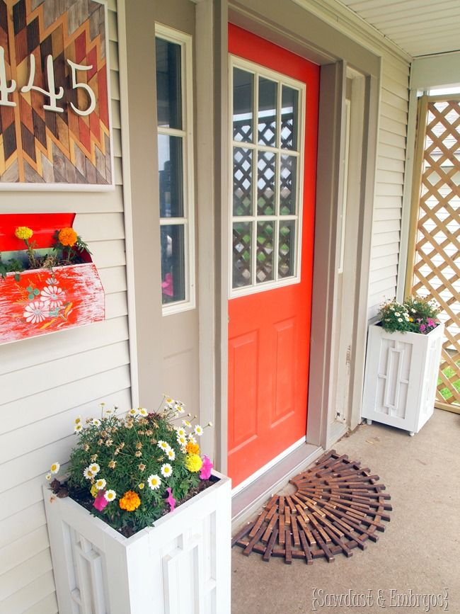 Build your own planter boxes porch daydream and tutorials build your own planter boxes diy planter boxdiy plantersorange front doorsthe porchfront solutioingenieria Choice Image