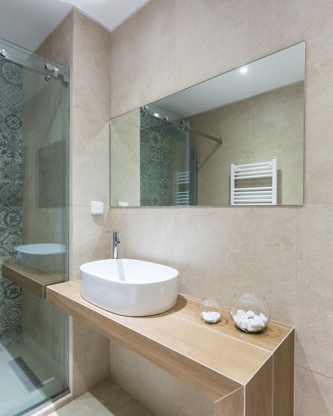 Kleine ensuite badezimmerdesignideen stone tile bathroom cement tiles  bathroom  pinterest  stone